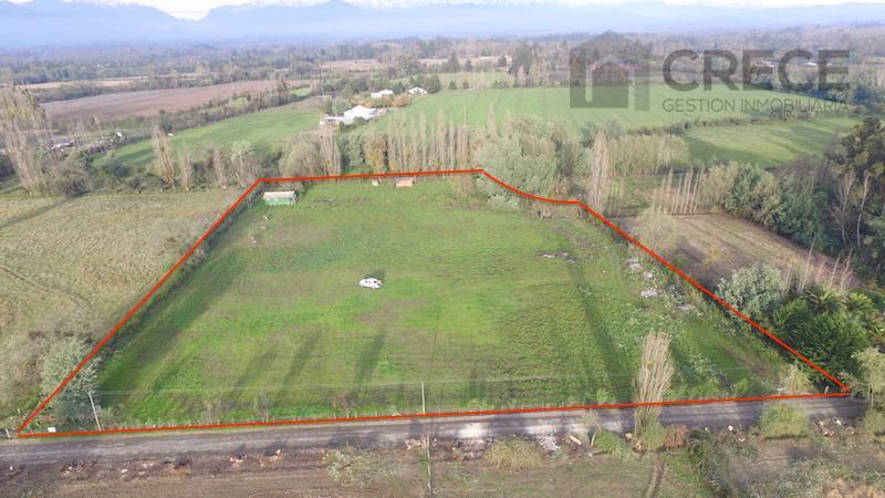PARCELA DE 1,43 ha, CON CABAÑA Y BODEGA.