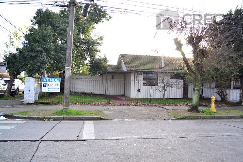 Casa Linares, central, Ramon Olate esquina Kurt Moller, Linares, VII Región del Maule
