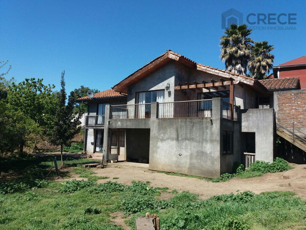 Casa en Parral, a solo 2 cuadras del Centro de la Ciudad, Parral